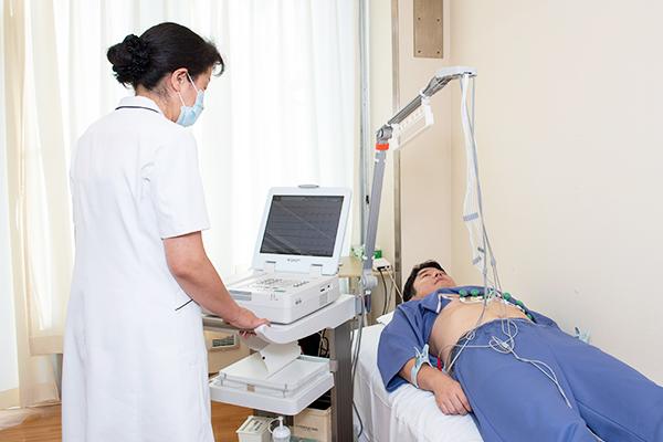 循環器 : 血圧・心電図